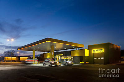 Black Commerce Photograph - Gas Station At Night by Jaak Nilson