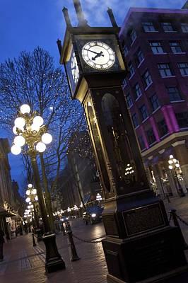 Photograph - Gas Town Steam Clock by Julius Reque