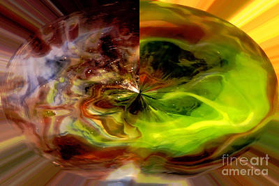 Abstract Art Photograph - Gem Within - Abstract Art by Carol Groenen
