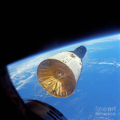 Photograph - Gemini Vi And Vii Rendezvous by NASA / Science Source
