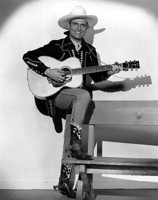 1998 Obituaries Photograph - Gene Autry, 1940s by Everett