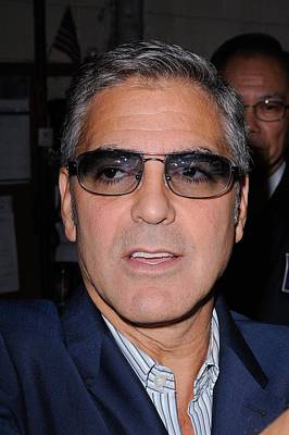 George Clooney, Leaves The Live With Art Print by Everett