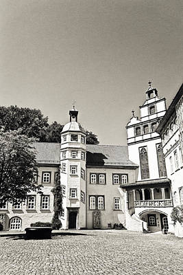 Black Commerce Photograph - Gifhorn Castle by Benjamin Matthijs