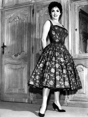 Full Skirt Photograph - Gina Lollobrigida, 1950s by Everett