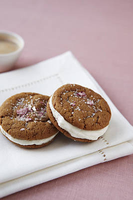 Ginger Snap Photograph - Gingersnap Cream Filled Cookies by Jacob Snavely