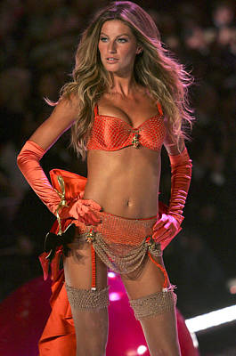 Long Gloves Photograph - Gisele Bundchen Inside For The by Everett