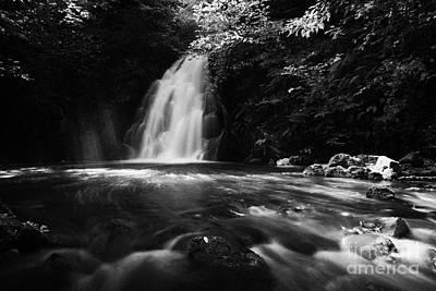 Gleno Or Glenoe Waterfall County Antrim Art Print by Joe Fox