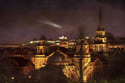 Vinatge Photograph - Glowing Edinburgh by Svetlana Sewell