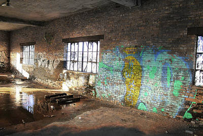 Photograph - Glowing Graffiti by Scott Hovind