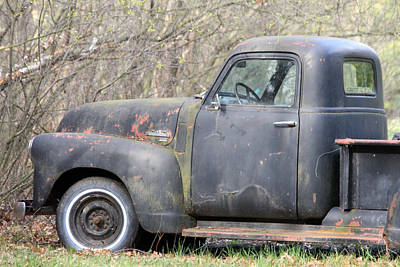 Photograph - Gmc Rusting At Rest by Mark J Seefeldt