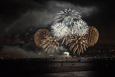 Photograph - Golden Gate 75th Fireworks 11 by Peter Dyke
