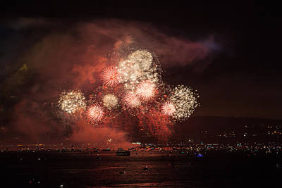 Photograph - Golden Gate 75th Fireworks 14 by Peter Dyke