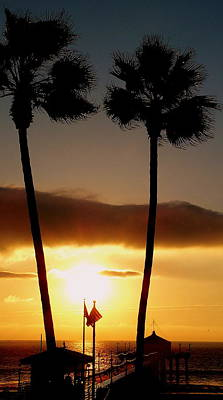 Photograph - Golden Twin Palms Sunset by Jeff Lowe