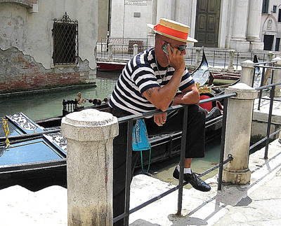 Gondolier On Break Art Print