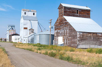 Photograph - Grain Elevators by Fran Riley