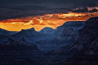 Grand Canyon Sunset Art Print by Joe Urbz