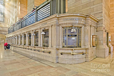 Customer Service Photograph - Grand Central Terminal by Susan Candelario
