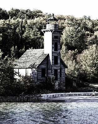 Photograph - Grand Island Lighthouse by Anne Raczkowski