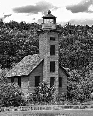 Grand Island Lighthouse Bw Art Print