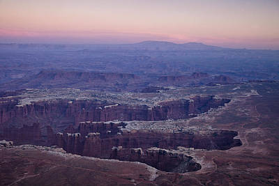 Scenery Photograph - Grand View Point - Utah by Andrew Soundarajan