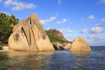 Y120817 Photograph - Granite Rock Formations, Anse Source D'argent, La Digue, Seychelles by F. Lukasseck