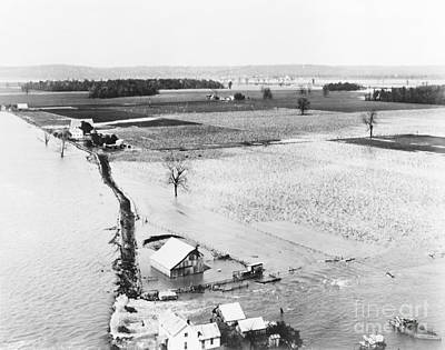 Great Mississippi Flood, 1927 Art Print by Library of Congress