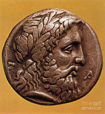 Zeus Photograph - Greek Coin With Zeus by Photo Researchers
