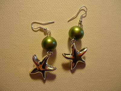 Green Starfish Earrings Art Print