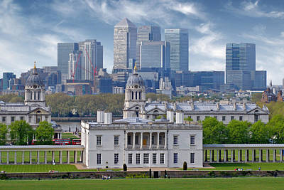 Art Print featuring the photograph Greenwich by Rod Jones