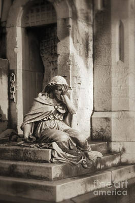 Dole Photograph - Grief by John Greim