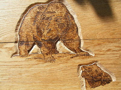 Grizzly Bear-1-wood Carving Pyrography Original