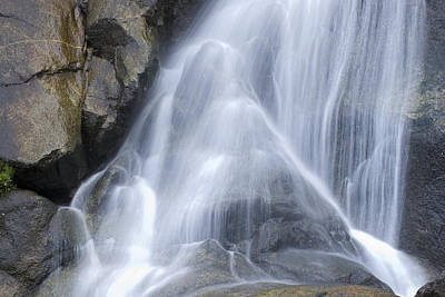 Grizzly Falls In Kings Canyon National Art Print