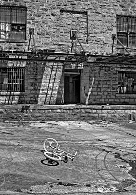 Stone Buildings Photograph - Growing Up...an Economics Tale Bw by Steve Harrington