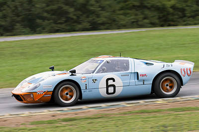 Photograph - Gt40 On Track by Alan Raasch