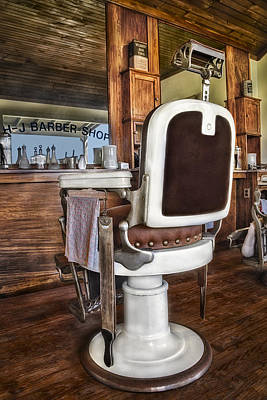 Photograph - H J Barber Shop by Susan Candelario