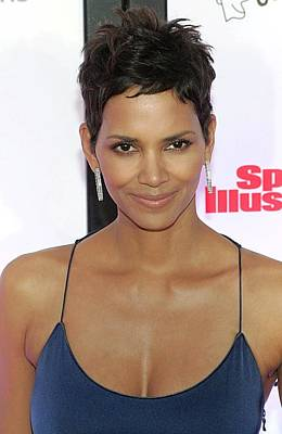 Halle Photograph - Halle Berry In Attendance For Muhammad by Everett