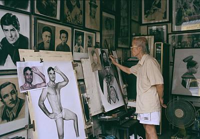 Artist Working Photograph - Hanoi Artist by Shaun Higson