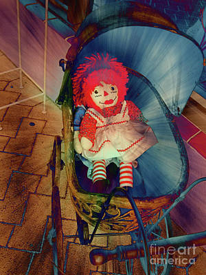 Happy Dolly Print by Susanne Van Hulst