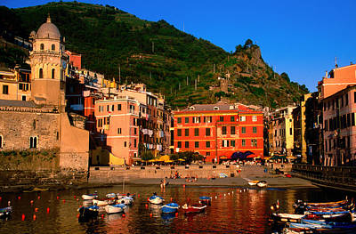 Harbour With Fishing Boats, Vernazza, Cinque Terre, Liguria, Italy, Europe Art Print