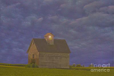 Cornfield Photograph - Haunted Barn by Jim Wright