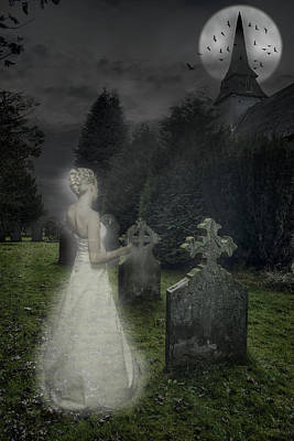Haunted Cemetery Photograph - Haunting by Amanda Elwell