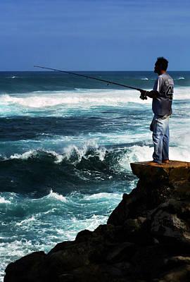Photograph - Hawaiian Fisherman by Marilyn Hunt