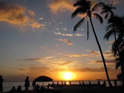 Hawaiian Sunset Art Print by Yula Sander