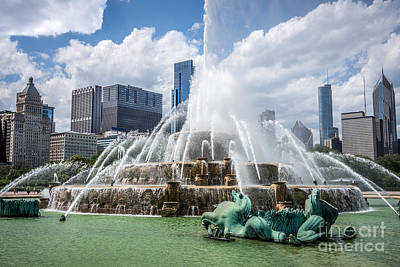 Buckingham Fountain Wall Art - Photograph - Hdr Picture Of Buckingham Fountain And Chicago Skyline by Paul Velgos