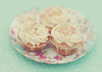 Focus On Foreground Photograph - Heavenly Cupcakes by Karin A photography