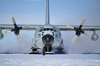 Hercules Lc130h Art Print by David Barringhaus