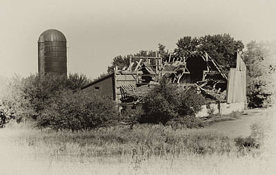 Photograph - High Winds Old Barn Not Good by Wilma  Birdwell