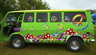 Photograph - Hippie Van by Glenn Gordon