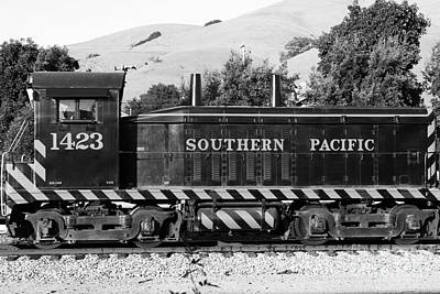 Niles Town Plaza Photograph - Historic Niles Trains In California . Southern Pacific Locomotive . 7d10829 . Bw by Wingsdomain Art and Photography