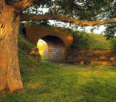 Photograph - History Fort Anne Troop Arch by William OBrien